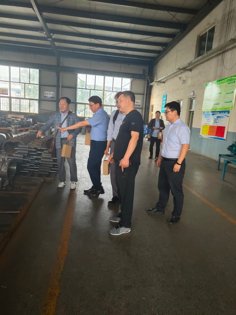Korean Customers Visit and Negotiate MVR Roots Blower Business