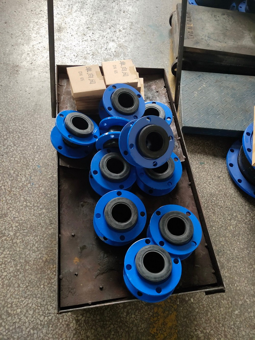 12 sets of DSR65 roots blowers delivery to Europe